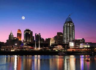moonlight-over-cincinnati-ohio_400.gif